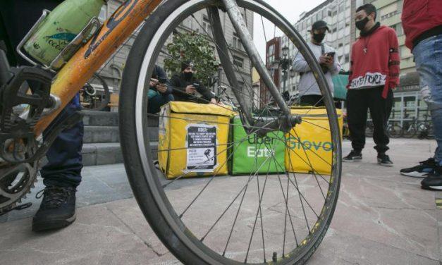 España aprueba ley rider, que obliga a contratar a repartidores de delivery